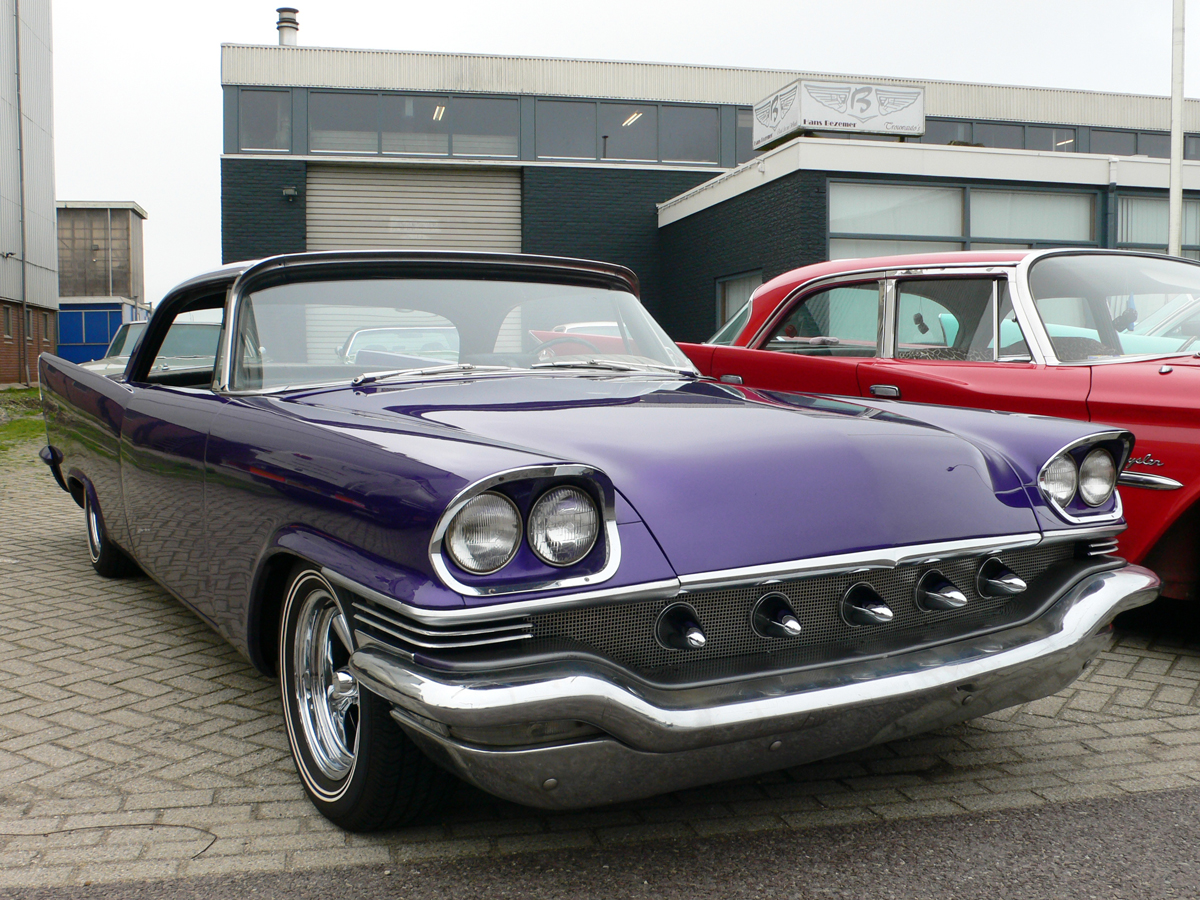dutch-chrysler-classic-cars-meeting_2010-023