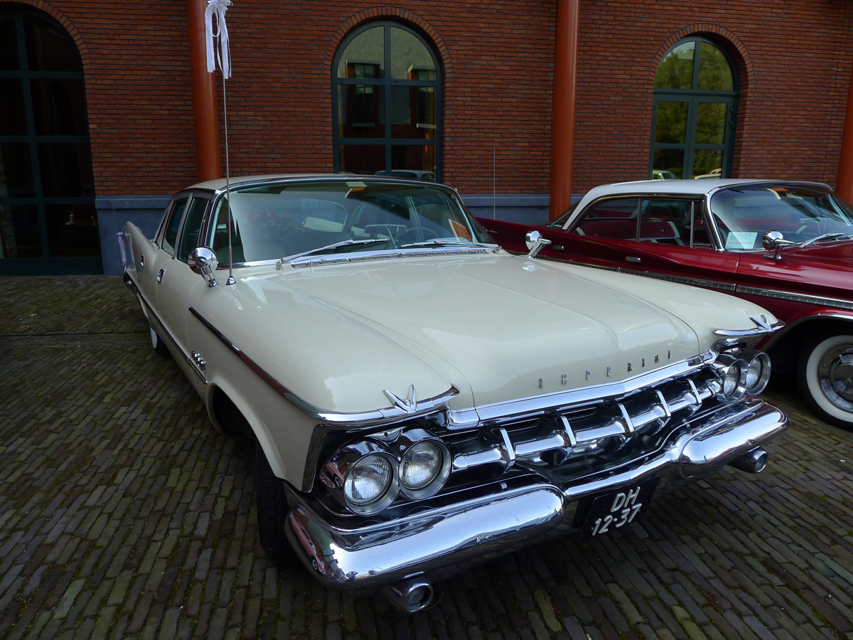 dutch-chrysler-classic-cars-meeting-2011_092