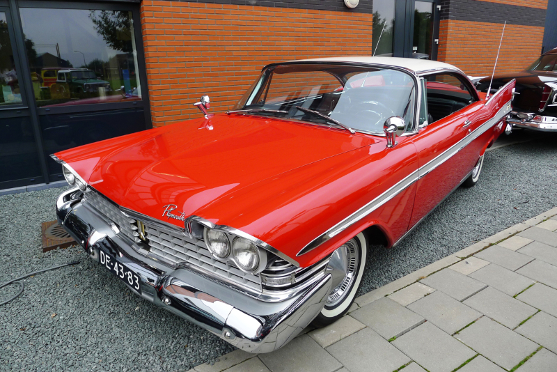 021_dutch_chrysler_usa_classic_cars_meeting_2013__amersfoort_bc