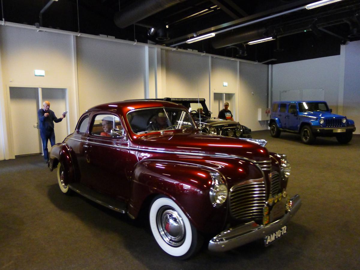 010_Dutch_Chrysler_USA_Classic_Cars_Meeting_Classic_Park_@_Boxtel_(bc)