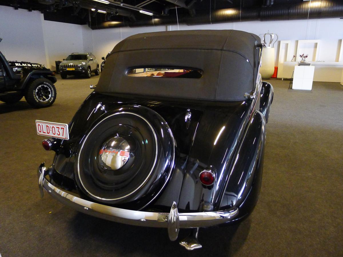 019_Dutch_Chrysler_USA_Classic_Cars_Meeting_Classic_Park_@_Boxtel_(bc)