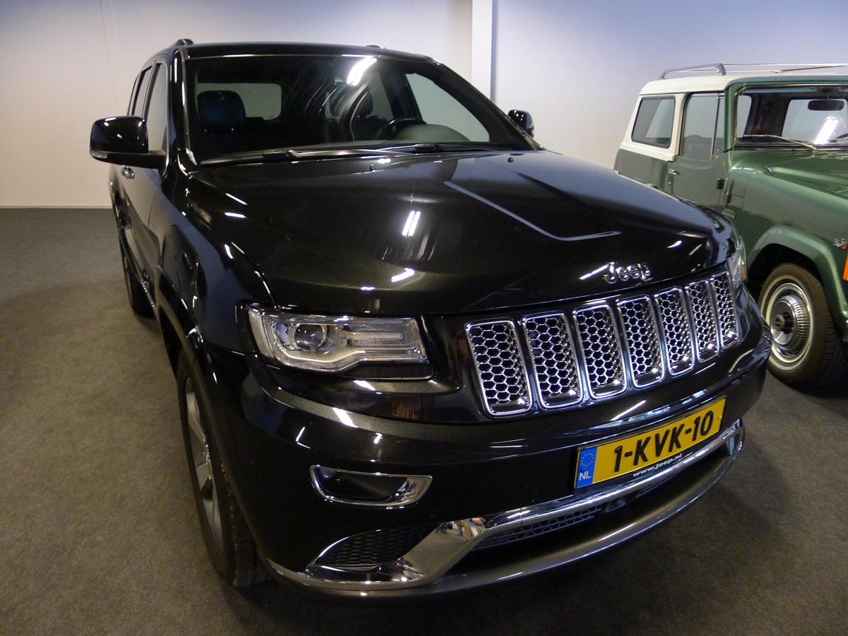 046_Dutch_Chrysler_USA_Classic_Cars_Meeting_Classic_Park_@_Boxtel_(bc)