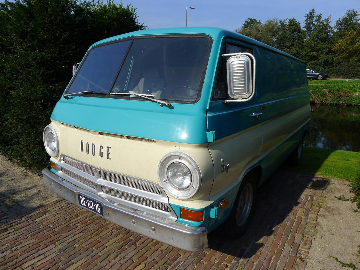 dutch-chrysler-classic-cars-meeting-2011_021