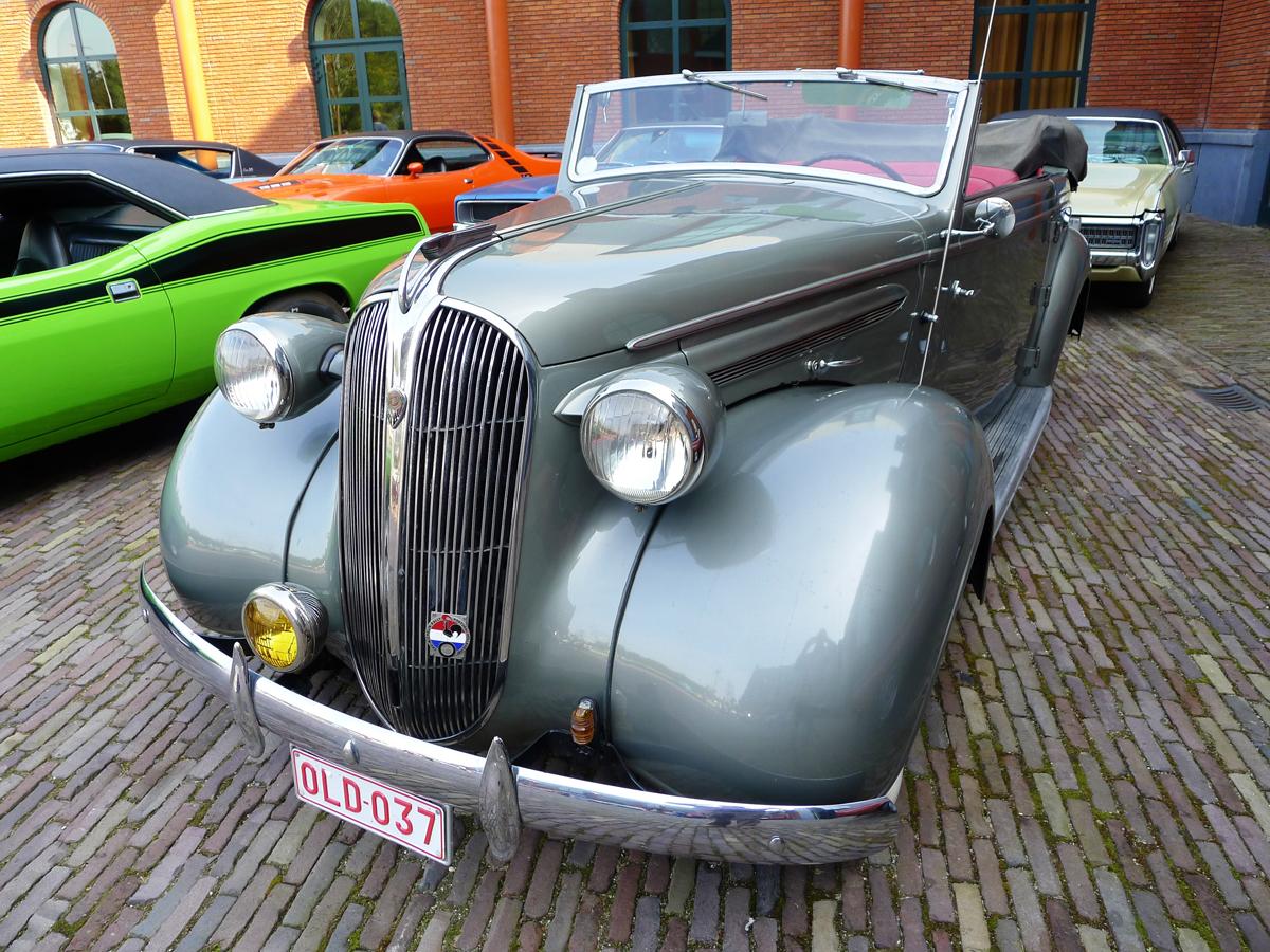 dutch-chrysler-classic-cars-meeting-2011_029