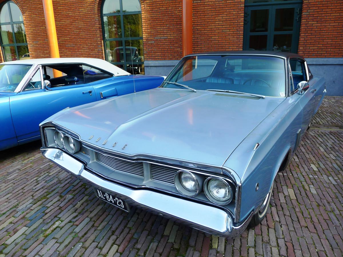 dutch-chrysler-classic-cars-meeting-2011_046