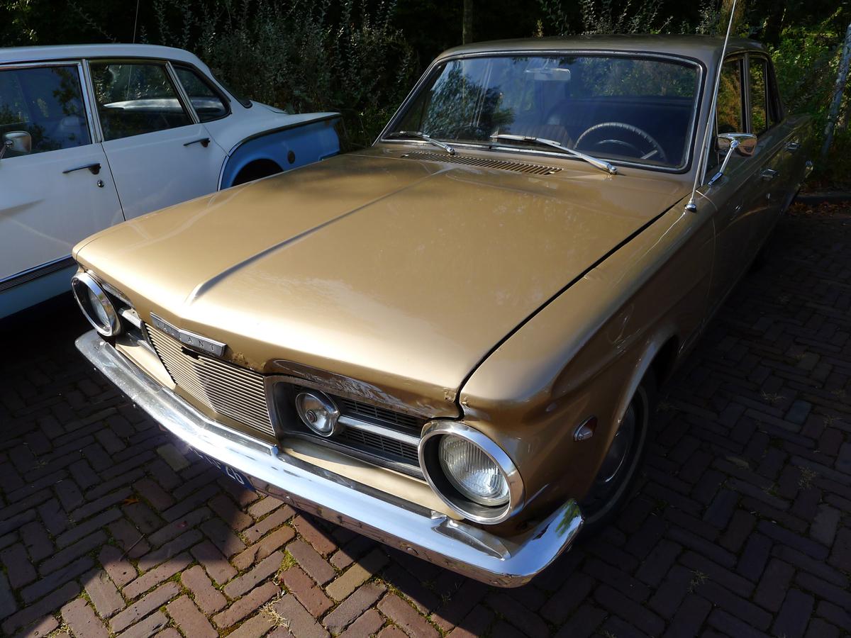 dutch-chrysler-classic-cars-meeting-2011_109