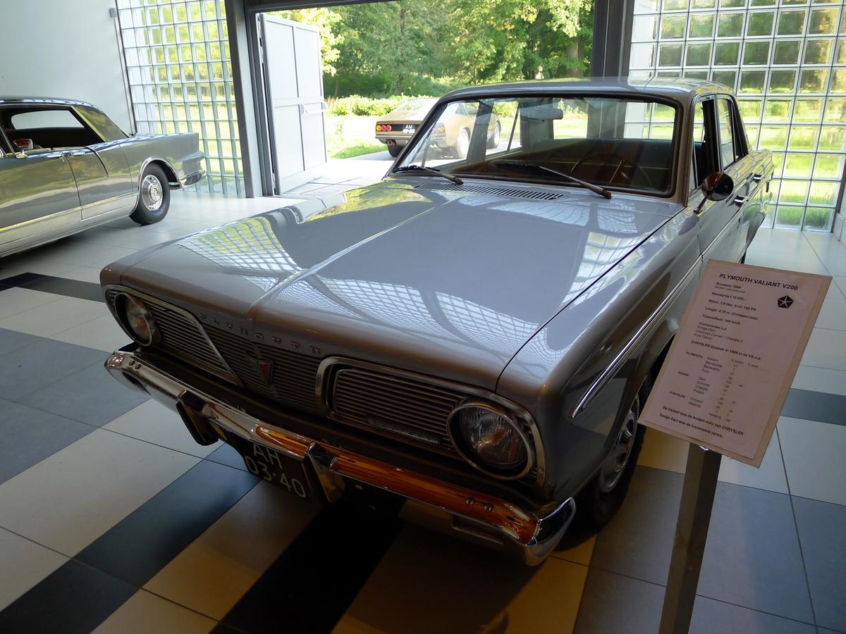 dutch-chrysler-classic-cars-meeting-2011_137