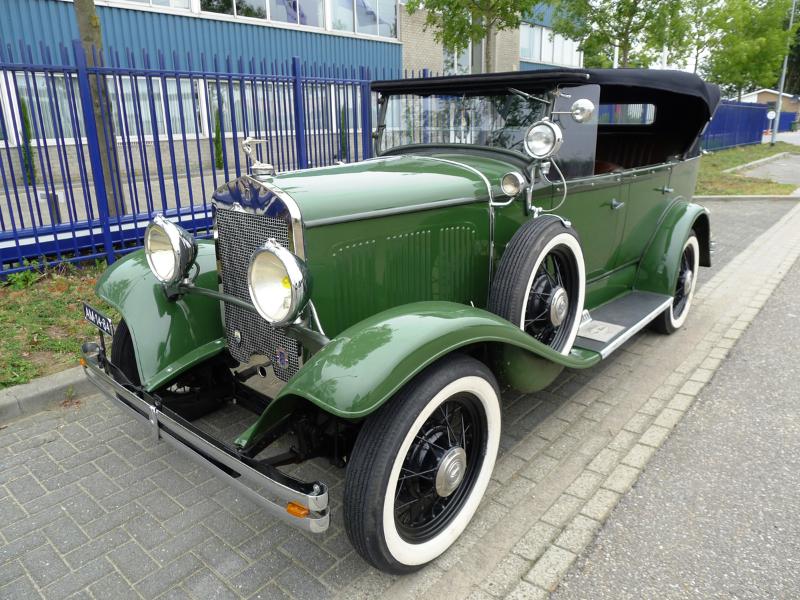 dutch-chrysler-usa-classic-cars-meeting-2012-009