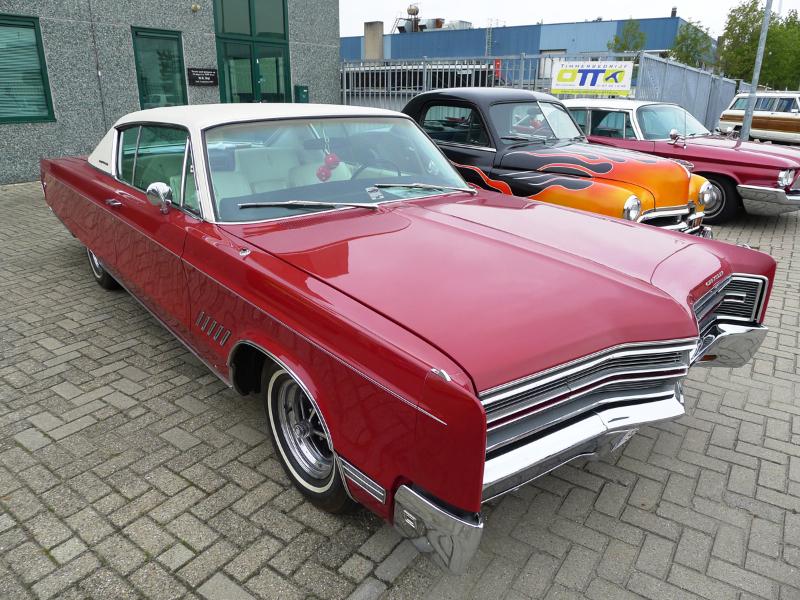 dutch-chrysler-usa-classic-cars-meeting-2012-019