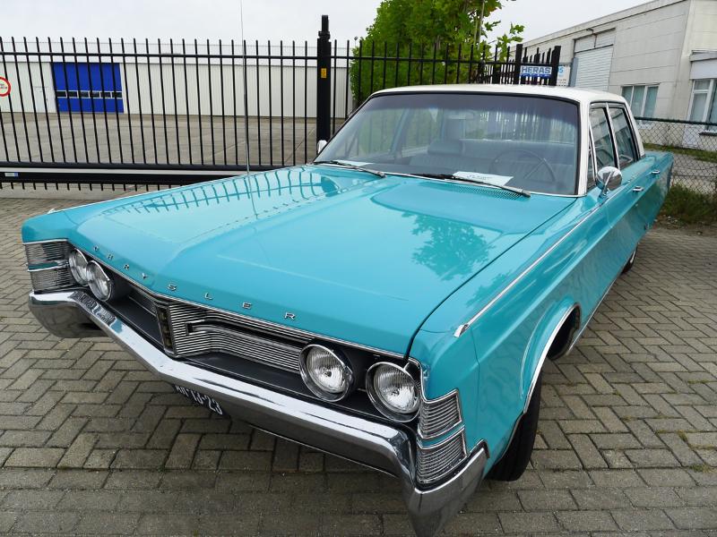 dutch-chrysler-usa-classic-cars-meeting-2012-026