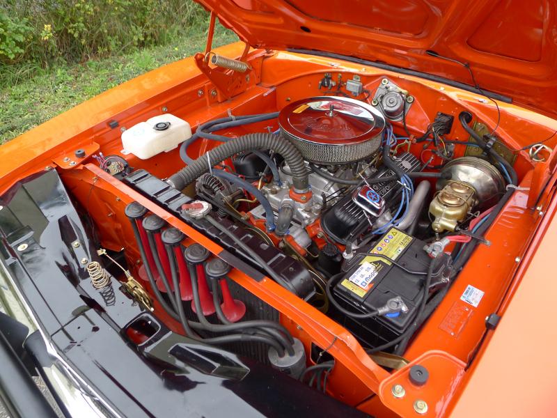 dutch-chrysler-usa-classic-cars-meeting-2012-036