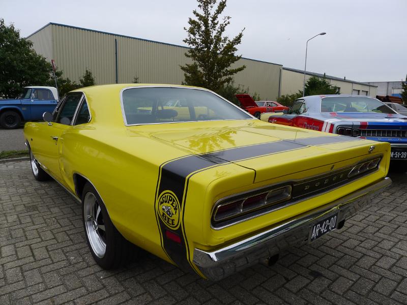 dutch-chrysler-usa-classic-cars-meeting-2012-045