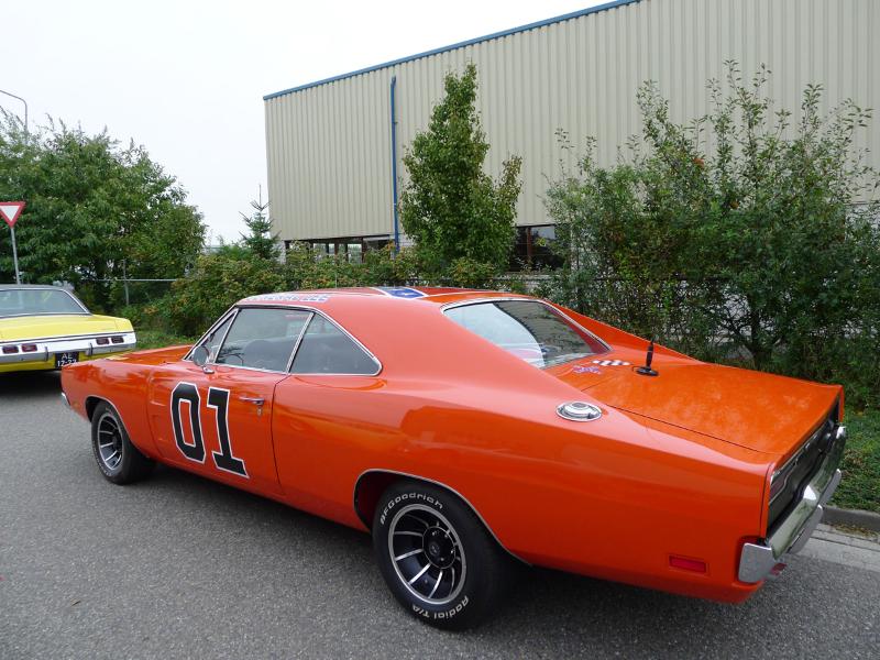 dutch-chrysler-usa-classic-cars-meeting-2012-049
