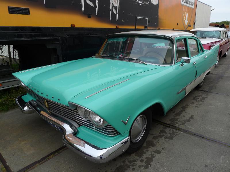 dutch-chrysler-usa-classic-cars-meeting-2012-062
