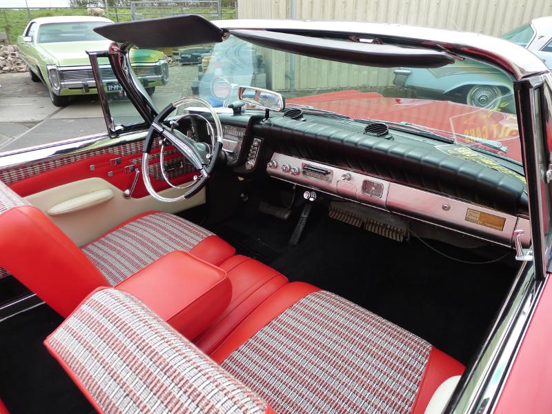 dutch-chrysler-usa-classic-cars-meeting-2012-095