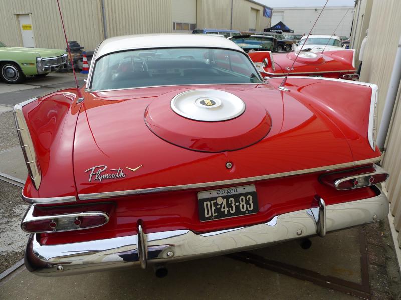 dutch-chrysler-usa-classic-cars-meeting-2012-099