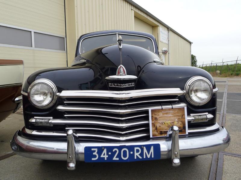 dutch-chrysler-usa-classic-cars-meeting-2012-104