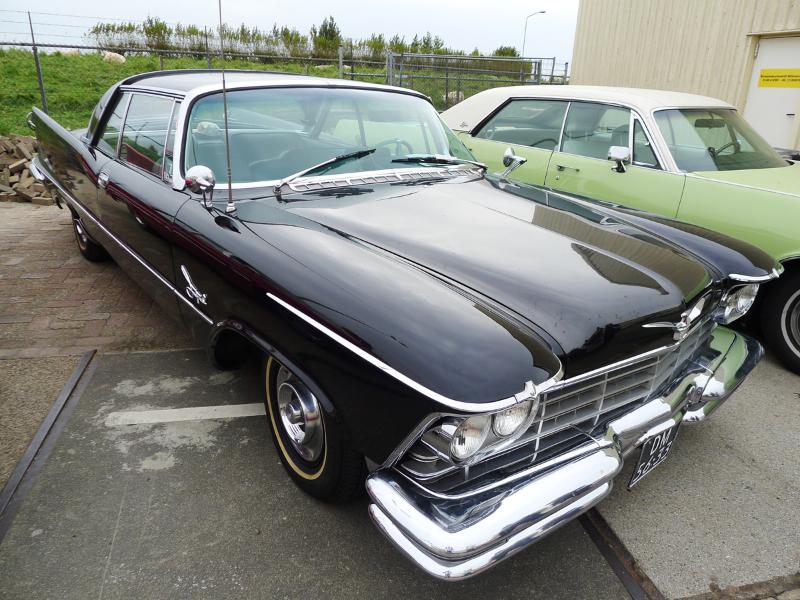 dutch-chrysler-usa-classic-cars-meeting-2012-111