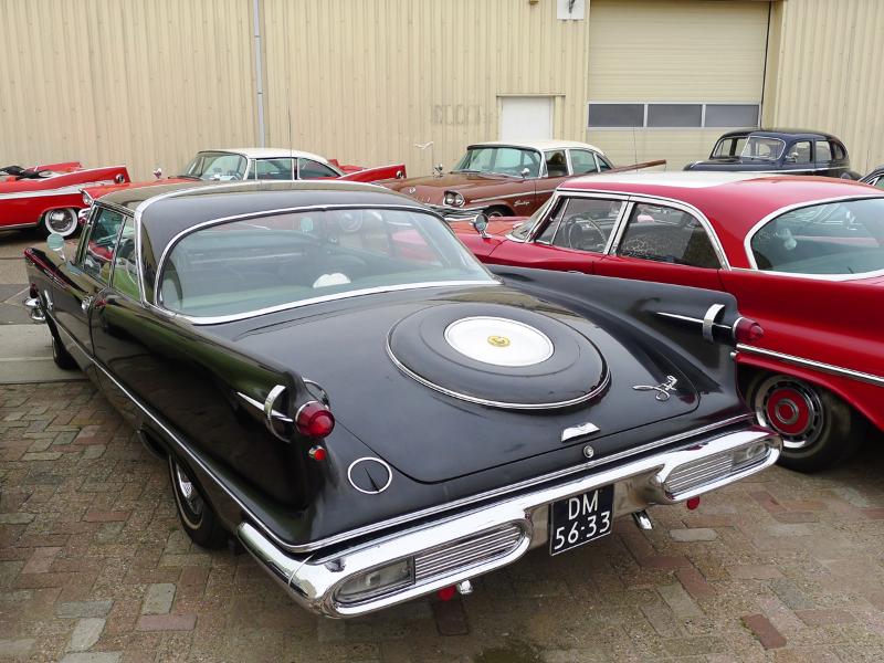 dutch-chrysler-usa-classic-cars-meeting-2012-112