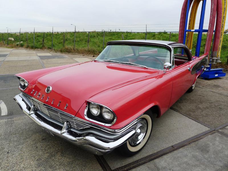 dutch-chrysler-usa-classic-cars-meeting-2012-121