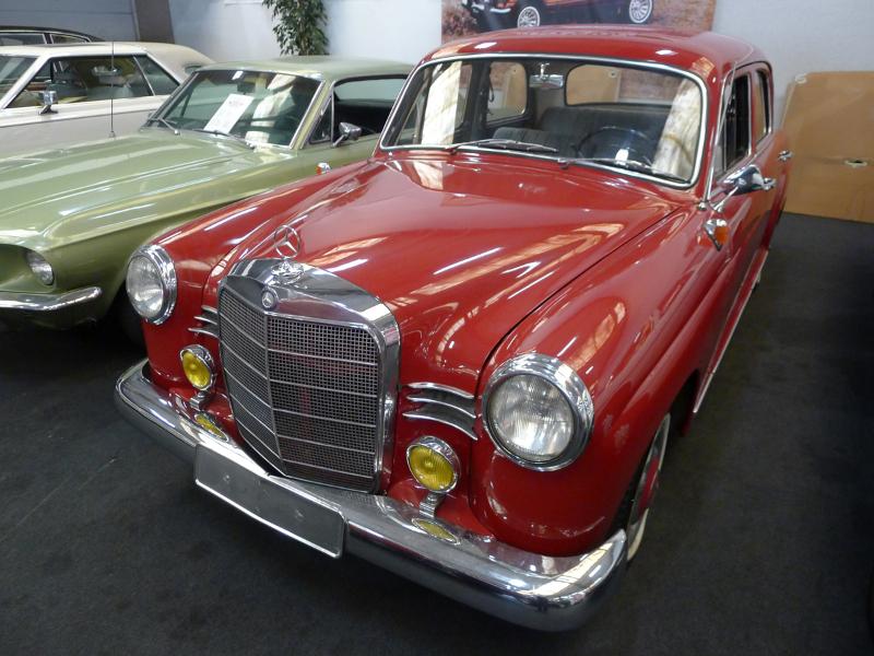 dutch-chrysler-usa-classic-cars-meeting-2012-157