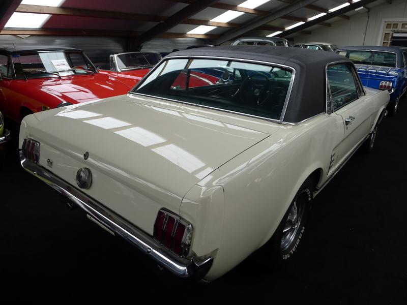 dutch-chrysler-usa-classic-cars-meeting-2012-187