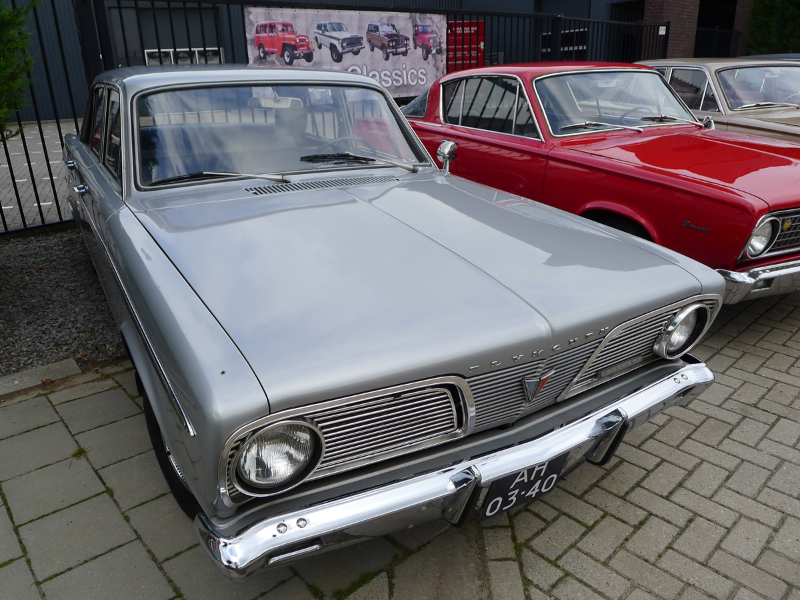 010_dutch_chrysler_usa_classic_cars_meeting_2013__amersfoort_bc