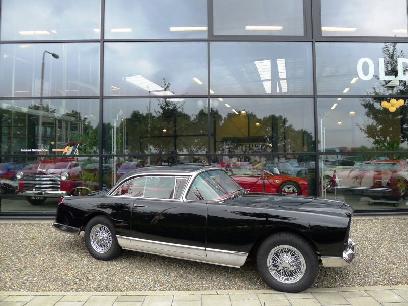 031_dutch_chrysler_usa_classic_cars_meeting_2013__amersfoort_bc