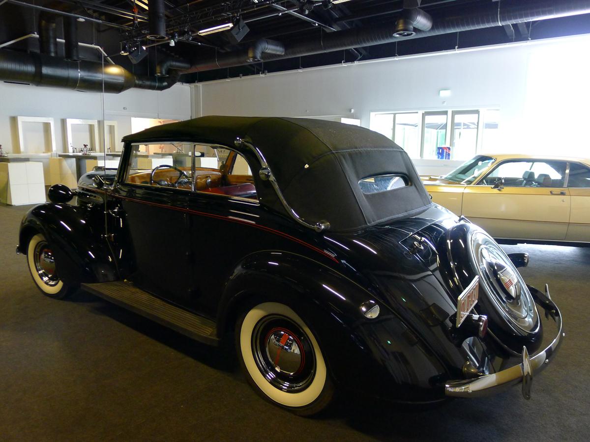 017_Dutch_Chrysler_USA_Classic_Cars_Meeting_Classic_Park_@_Boxtel_(bc)
