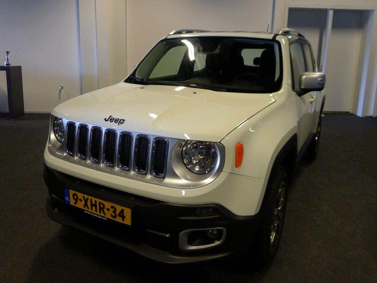 026_Dutch_Chrysler_USA_Classic_Cars_Meeting_Classic_Park_@_Boxtel_(bc)