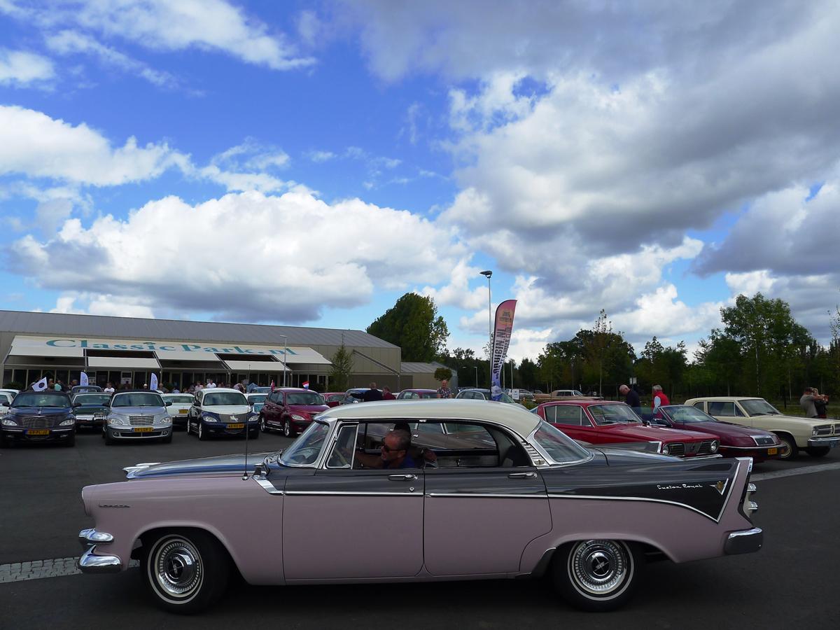 063_Dutch_Chrysler_USA_Classic_Cars_Meeting_Classic_Park_@_Boxtel_(bc)