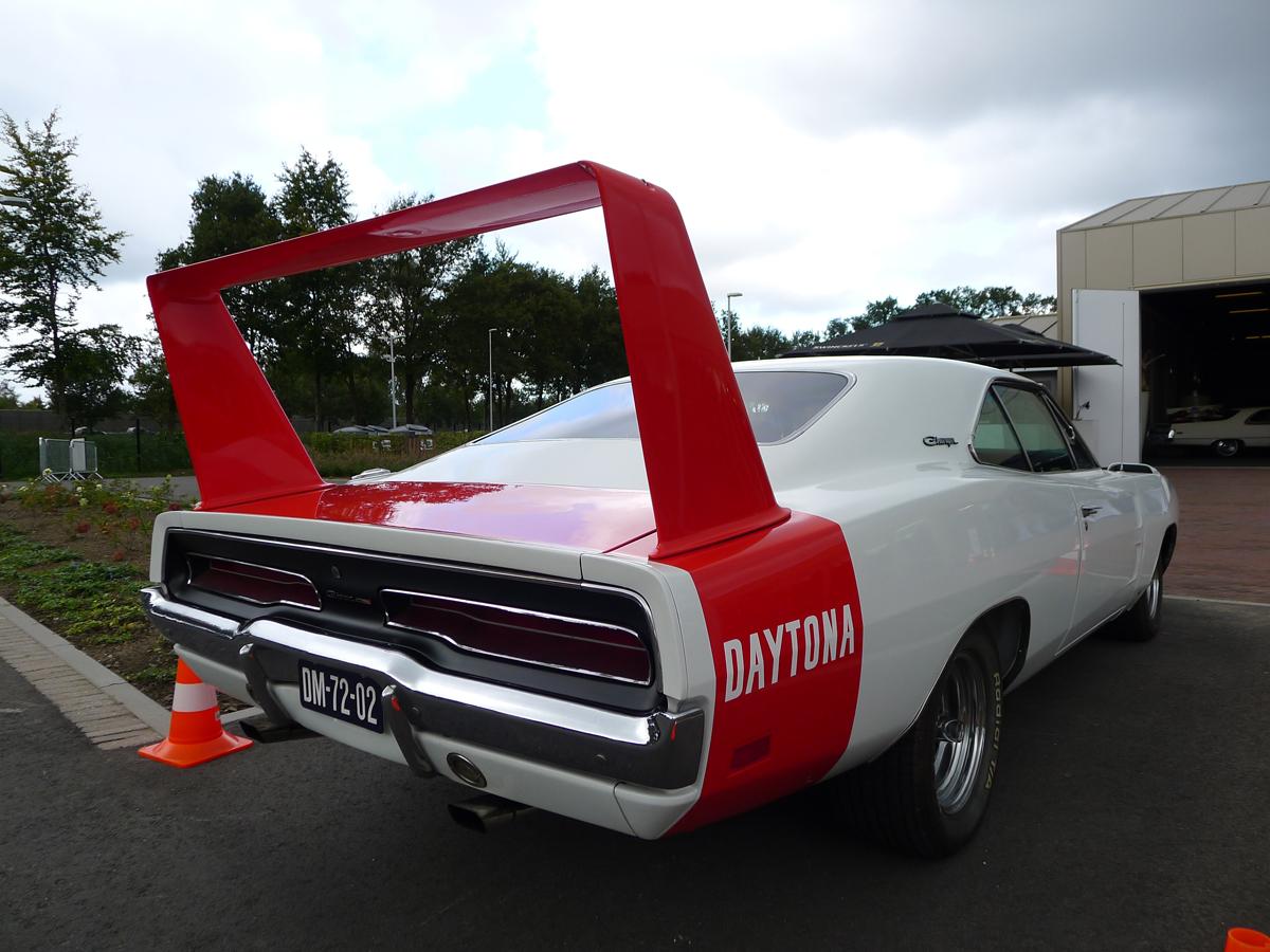 069_Dutch_Chrysler_USA_Classic_Cars_Meeting_Classic_Park_@_Boxtel_(bc)
