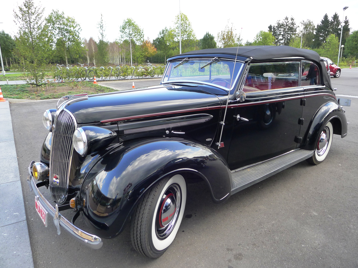 101_Dutch_Chrysler_USA_Classic_Cars_Meeting_Classic_Park_@_Boxtel_(bc)